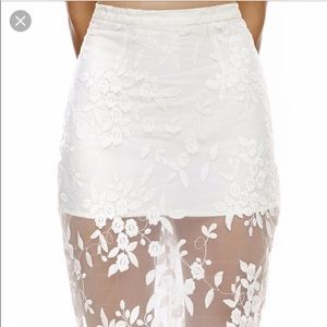 Misha Collection Rosalia Lace Skirt!